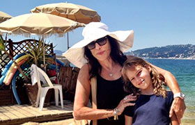 Merle Hoffman and her daughter, Sasha, on vacation; The New York Times, Aug. 5, 2016